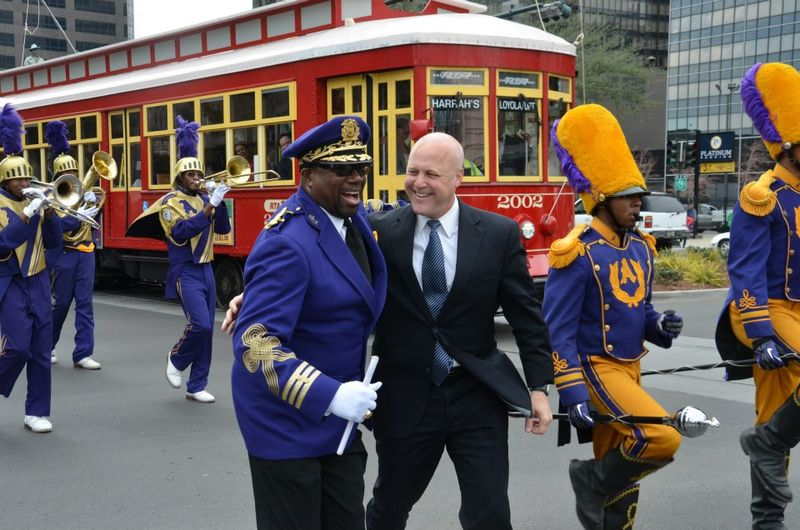 Loyola_Streetcar_Opening_Mitch_Landrieu_St_Aug_Purple_Knights